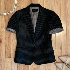BCBG Short Sleeve Mahogany Pinstriped Blazer Sz XS